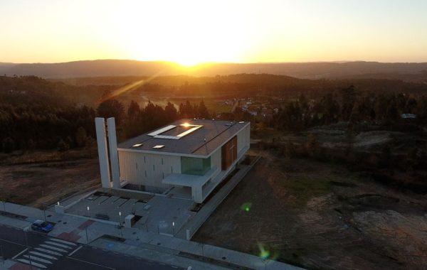 Construcción de la iglesia y centro parroquial de San José de Milladoiro